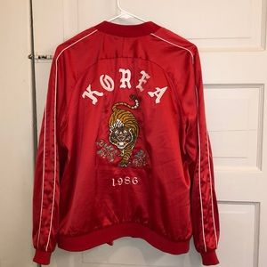 FOREVER 21 red bomber Korea 1986 tiger mom sz L